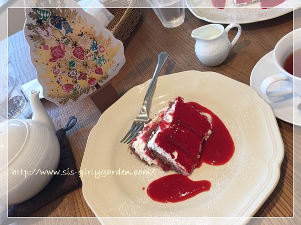 アフタヌーンティールーム イチゴケーキ